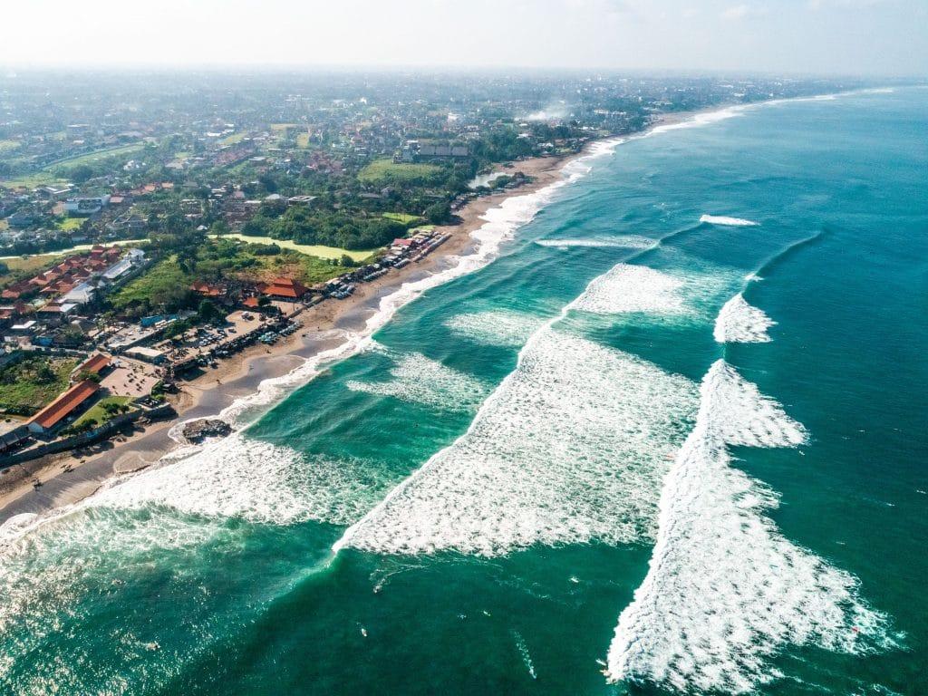 Pantai Echo Beach 1024x768
